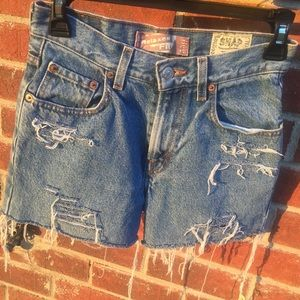 Vtg Levi's distressed 550 relaxed fit denim shorts